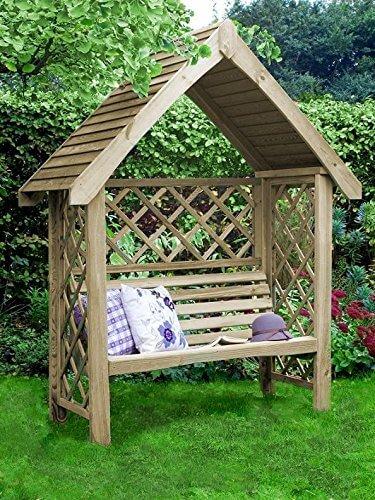 Gartenbank aus Holz mit Spitzdach